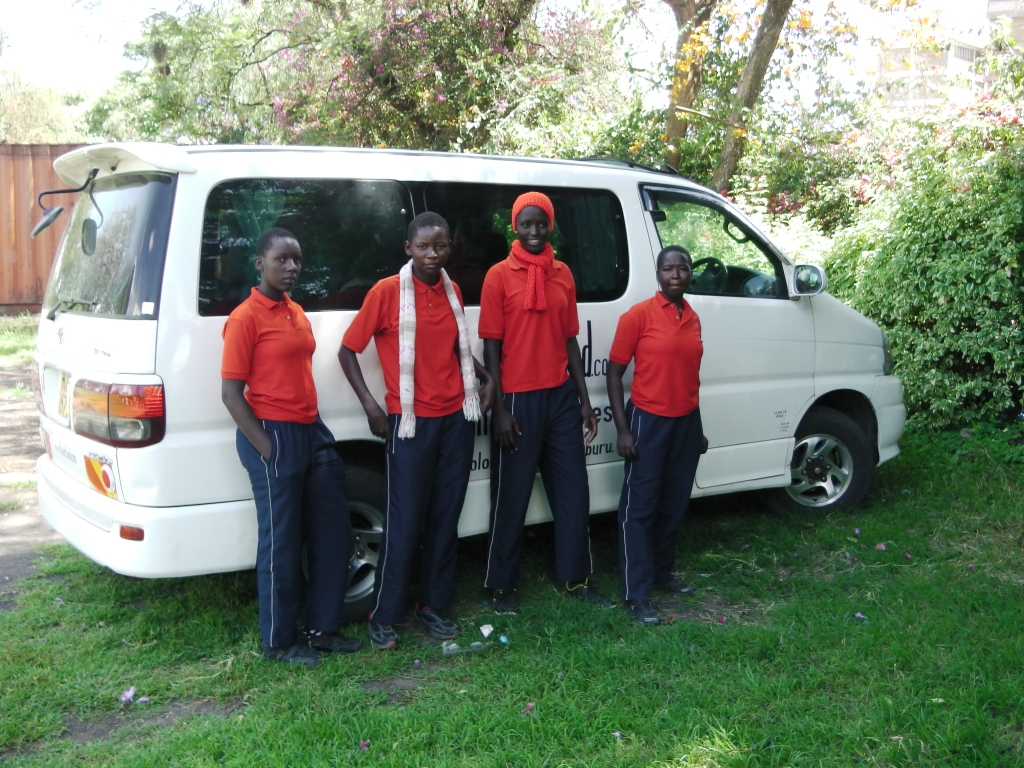 Girls and Kindfund 8 seater