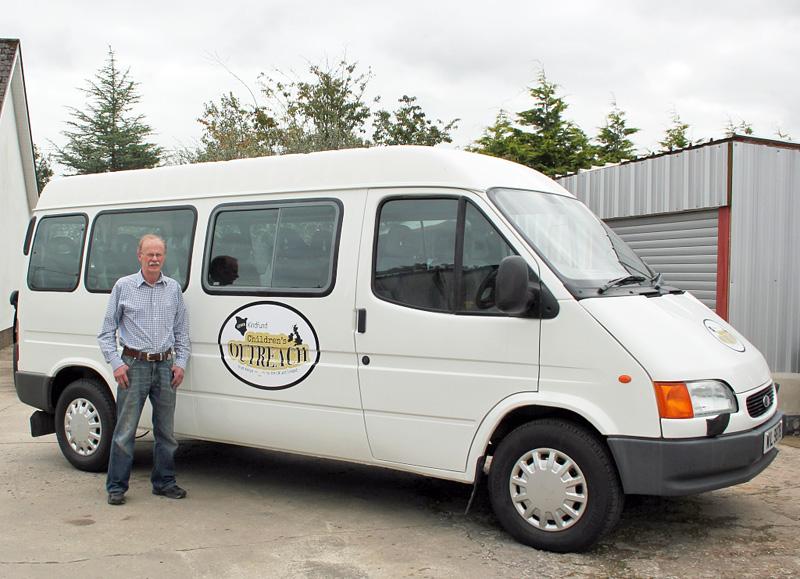 kindfund minibus - just like new