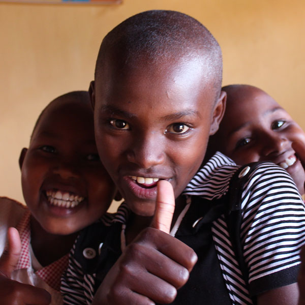 kids having fun - kindfund home in wamba, kenya