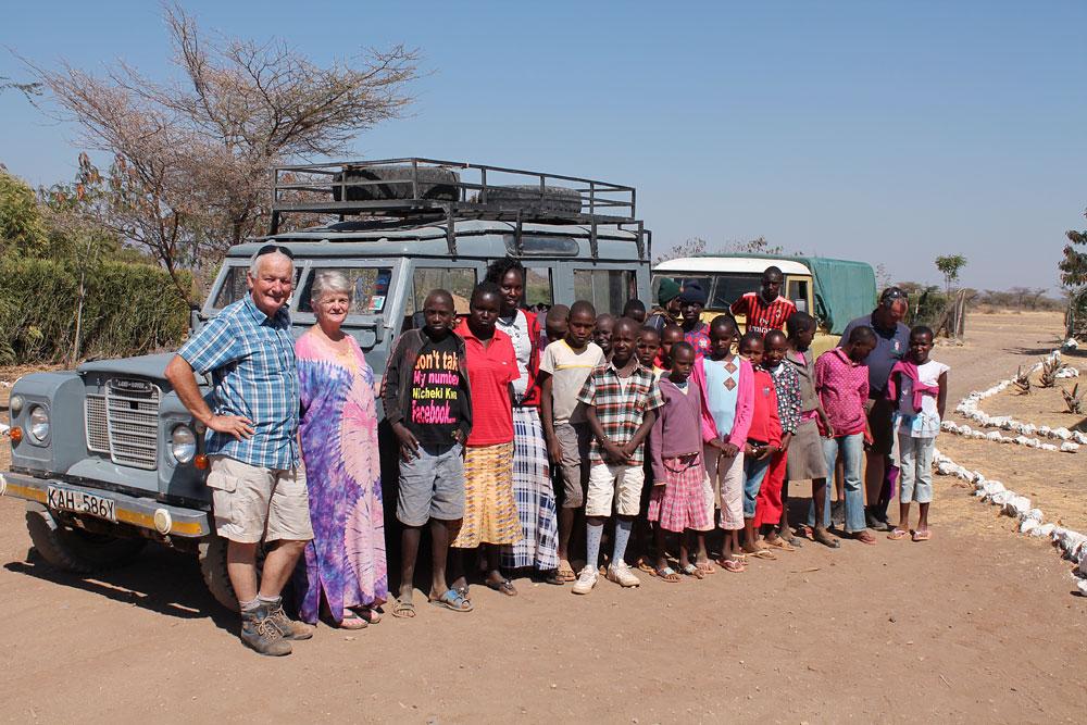 Transport team with Wamba kids arrive Ngaremara